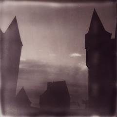 (Martin PEREZ 68) Tags: château castillo castle vitré bretagne polaroidsx70 polaroid sx70 bwsx70 impossibleproject impossible instantané instant