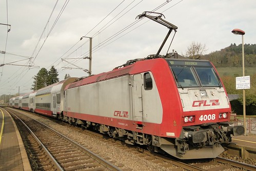 CFL Double deck-train pushed by the electric locomotive N° 4008 in Heisdorf.