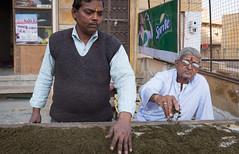 Rajasthan - Jaisalmer - Bhang lassi shop people