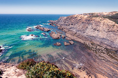 Dangeous beauty (amcatena) Tags: sky sea nature travel portugal algarve