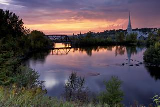 Lever de soleil sur la rivière Chicoutimi