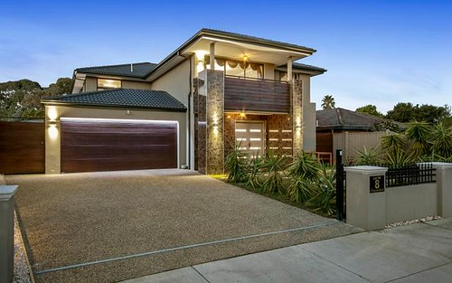 8 Chesterfield Ct, Wantirna VIC 3152