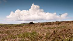 Cornwall Clouds (Torsten Reimer) Tags: buildings unitedkingdom poles houses england westcountry rollinghills landschaft himmel landscape sky penwith wolken cornwall uk clouds gb
