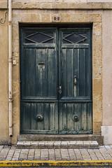 Yet another door... (Ivan van Nek) Tags: placefrançoismitterrand masseube gers france occitanie midipyrénées 32 ramenendeuren doorsandwindows door deur tür porte architecture architectuur frankreich frankrijk nikon d7200 nikond7200