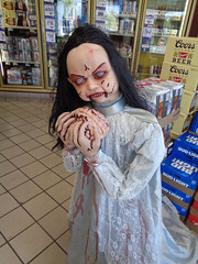 Cottonwood Giant (twm1340) Tags: halloween decorations spook goblin demon cottonwood az giant gas station service shop convenience store