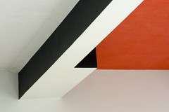 Bauhaus Abstract #14 (weyerdk) Tags: architecture building design bauhaus abstract detail composition color colour graphic contrast tone constructivism suprematism modernism functionalism modern movement square quadrat rectangle section meisterhäuser waltergropius 1925 sachsenanhalt thüringen fragment diagonal archshot