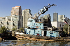 r_171001431_beat0061_a (Mitch Waxman) Tags: donjon dupbo emilyann greenpointbrooklyn newyorkcity newtowncreek tugboat newyork