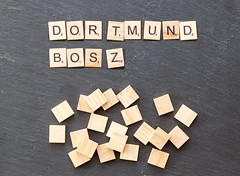 "Borussia-Dortmund-Trainer Peter Bosz: ""Milliarden-Transfers werden noch kommen"" (marcoverch) Tags: noperson keineperson business geschäft text sign schild paper papier desktop cube würfel display anzeigen education bildung achievement leistung symbol conceptual konzeptionell alphabet finance finanzen solution lösung texture textur accomplishment card karte shape gestalten abstract abstrakt india macromondays nikkor spiral nyc noiretblanc airplane cathedral usa australia"