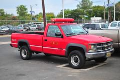 Trenton Fire Department S-3 (Triborough) Tags: nj newjersey mercercounty trenton tfd trentonfiredepartment firetruck fireengine s3 gm chevrolet 2500