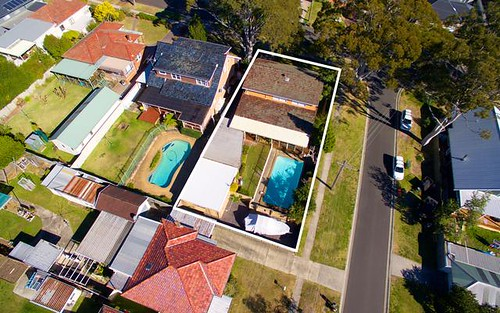 26 Kitchener St, Caringbah NSW 2229