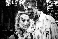 happy halloween (Silver Machine) Tags: bristol bristolzombiewalk2017 streetphotography street streetportrait zombies couple blood teeth expression streetparade outdoor fujifilm fujifilmxt10 fujinonxf35mmf2rwr halloween