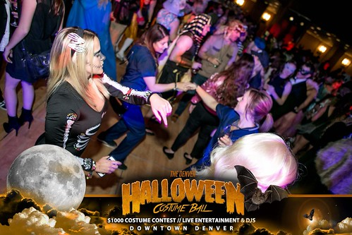 "Halloween Costume Ball 2017 • <a style=""font-size:0.8em;"" href=""http://www.flickr.com/photos/95348018@N07/38024815836/"" target=""_blank"">View on Flickr</a>"