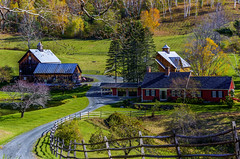 Woodstock Vermont October 21 2017-2 copy (Chad Straw Images) Tags: fall autumn foliage vermont woodstockvermont newengland travel traveling travelphotography panorama panoramic color discover earth amazing beautiful landscape landscapes landscapephotography nikon nikonphotography nikond610 america farm farmhouse country countryliving yankeemagazine wonderful wonderfulplaces