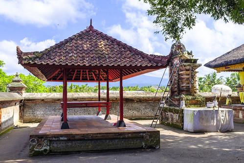 Taman Pura Lingsar