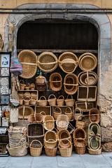 Segovia   |   Baskets (JB_1984) Tags: baskets weaving souvenir shop store crafts segovia castileandleón castillayleón spain españa nikon d500 nikond500