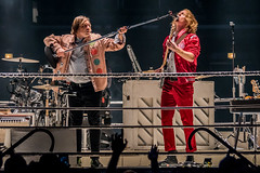 Will Butler & Richard Reed Parry, Arcade Fire (Joshua Mellin) Tags: willbutler richardreedparry arcadefire arcade fire chicago infinitecontent everythingnow unitedcenter ring boxingring concert live music 2017 crowd rope ropes microphone guitar excitement jackets jacket en merch merchandise shop joshuamellin photographer joshua mellin photo journalist photos pictures pics best photography bestphotographer joshuamellincom blogger travel writer google search editor picture pic traveling traveler instagram flickr twitter socialmedia top known list 40 2018