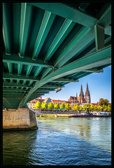under the bridge - Ratisbona (P.Höcherl) Tags: 14mm bavaria bayern d800 deutschland germany nikon oberpfalz regensburg samyang upperpalatinate walimex 2017 bridge ratisbona