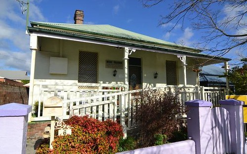 6 John Street, Lithgow NSW 2790