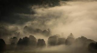 Fog over Kinfauns Castle