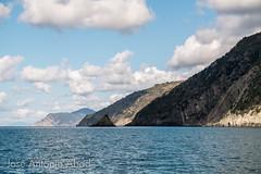 Scoglio Ferale, Cinque Terre (Jose Antonio Abad) Tags: cinqueterre italia lanscape ligure liguria naturaleza paisaje portovenere pública sea agua beach mar nature playa water campiglia