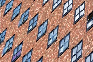 Diagonal windows (on Explore)