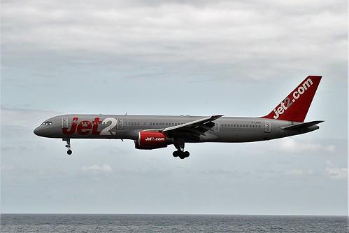 Jet2 G-LSAH B757-200 Arrecife(7)