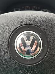 VW refection  😁 (Pixelchen1) Tags: vw button reflection car auto handy camera inside drivingwheel lenkrad spiegelung parking