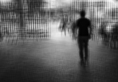 FREEDOM (oskarRLS (nikondosh)) Tags: freedom libertad liberté liberta´ streert man walking mood jaula carcere jail artphotograpic bw blackwhite blancoynegro ciudad city solo solitude soledad