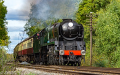 GCR Autumn Steam Gala 2017 (harrison-green) Tags: great central railway gcr loughborough quorn woodhouse woodthorpe train steam steamtrain locomotive engine winter gala 2017 diesel rail car railcar black 5 southern king arthur class oliver cromwell 8f 9f q standard 2 canon eos 700d sigma 18250mm shgp steven harrisongreen heritage railroad vehicle outdoor 18200mm bulleid 92 squadron sir keith park leicester city sky tree grass road