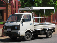 Subaru 600 Pick up 1981 (RL GNZLZ) Tags: minivan subaru600 pickup 1981