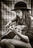 Amber Russell (Ian Sane) Tags: ian sane images amber russell solo guitarist slappin tappin performing guitar player portrait portland saturday market skidmore fountain old town ankeny square candid street photography canon eos 5ds r camera ef70200mm f28l is usm lens