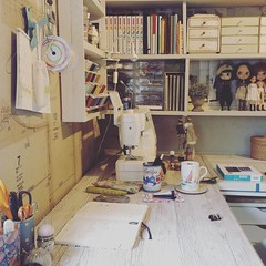 A day well spent in the moshi-studio, sorting out sewing schedule for the next week #sewingroom #inmystudio #makersgonnamake #makerspace #craft (little_moshi) Tags: instagram ifttt