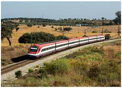 Azinheira dos Barros 16-08-16 (P.Soares) Tags: comboio cp comboios caminhodeferro automotora automotoras alfapendular passageiros linha linhas 4000 4002