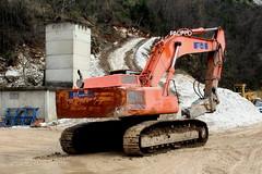 Fiat Hitachi FH450.3 (Falippo) Tags: fiathitachi fiat hitachi macchinemovimentoterra cantiere constructionsite constructionequipment cava steinbruch quarry marble excavator bagger carrara digger