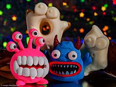 HMM (2) - Macro Monday #Halloween - Party Time (J.Weyerhäuser) Tags: halloween hmm macromonday ghost milchgeister rubber party radiergummi monster sweets