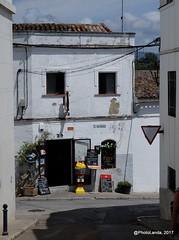Jimena de la Frontera (PhotoLanda) Tags: ανδαλουσία κοιμητήριον андалуси андалусия андалусія андалузия андалузија אנדלוסיה أندلوسيا الأندلس اندلس اندلسیہ اندلوسيا แคว้นอันดาลูเซีย ანდალუსია アンダルシア アンダルシア州 グラナダ 安达卢西亚 安達盧西亞 安達魯西亞 安達魯西亞自治區 안달루시아지방 alandalus andalousie andalouzia andalucia andalusië andalusia andalusianvillage andalusie andalusien andalusiya andaluzia andaluzio andaluzja comarcadelcampodegibraltar endulus fujifujinonxc50230mmf4567ois fujifilmxa2 jimenadelafrontera oba puebloandaluz pueblosblancos reinonazari respublicaobensis simena village xemina