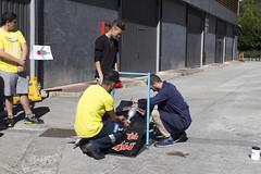 Alumnos y alumnas del PCPI Ermua-Mallabia han hecho una demostración tecnológica-científica con su cohete Enterprise.