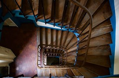 Angles (NataliaZapata) Tags: stairs escaleras staircase cafe blue azul arquitectura achitecture old antiguo madera wood spiral
