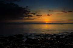 El sol sigue brillando.. !!! (Nita_Fotos) Tags: sun sundown clouds blue orange sea caribbean sol atardecer nubes azul naranja mar caribe sands arena playa océano agua bahía paisaje lecheria venezuela homenaje laniñasalvajedelaselva