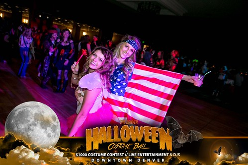 "Halloween Costume Ball 2017 • <a style=""font-size:0.8em;"" href=""http://www.flickr.com/photos/95348018@N07/37368431424/"" target=""_blank"">View on Flickr</a>"