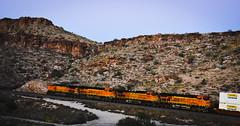JB Hunt Container train (Woodypug) Tags: bnsf kingman arizona atsf eastbound seligmansub landscape locomotive