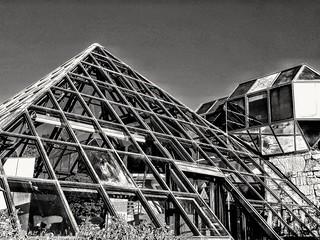 Pyramide  Avignon