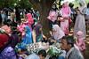 * (Sakulchai Sikitikul) Tags: street snap streetphotography songkhla sony a7s 28mm voigtlander thailand muslim islamic graduate hatyai