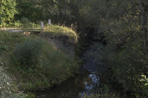 Bij. tilts pār Bikstupi, 01.10.2017.