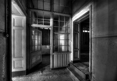 abandoned (Ruinenvogel) Tags: abandoned abandonedplaces abandonedplace abandon castle château creepy decay hdr verlassen verfall rottig lostplace lostplaces dark urbex urbanexploring urban urbanexploration dwwg