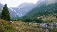 Ruiny po radzieckiej bazie alpinistycznej Ailama. (Tomasz Bobrowski) Tags: wspinanie mountains koruldashi gruzja kaukaz góry ailama caucasus georgia climbing