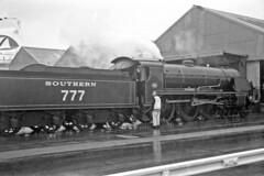 Overlord+50 : 777 Sir Lamiel in So'ton E Docks, 4 June 1994 (Ian D Nolan) Tags: railway southamptondocks 35mm epsonperfectionv750scanner dday retinaii n15 777 sirlamiel 460z