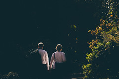 Autumn Light (freyavev) Tags: autumn light whiteshirts couple badenbaden badenwürttemberg germany deutschland vsco canon canon700d urban urbandetails zoomlens streetphotography people shadows