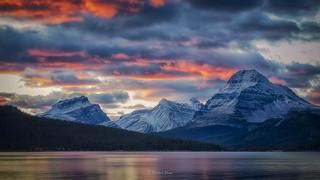 Morning Glory at Bow Lake