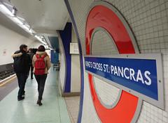 the Tube (=Mirjam=) Tags: sonyrx100iii london tube sign 52in2017challenge symbol subway underground metro station platform november 2017